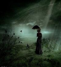 quadro di donna che cammina con ombrello in un cielo nuvoloso